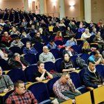 Mieres recibe setecientas solicitudes para optar a diez plazas de operario municipal.